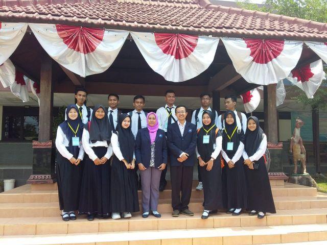 PKKMB Pengenalan Kehidupan Kampus Bagi Mahasiswa Baru